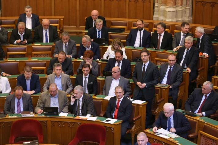 Gulyás Gergely, a Fidesz frakcióvezető-helyettese hétfői napirend előtti felszólalásában