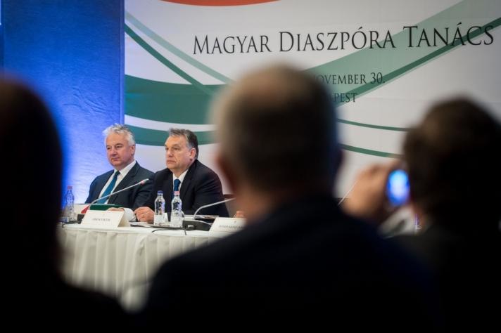 Orbán Viktor miniszterelnök a Magyar Diaszpóra Tanács VI. ülésén, Budapesten, a Várkert Bazárban