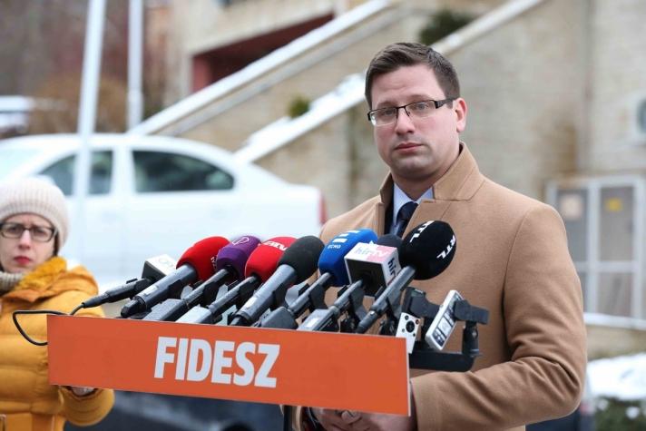Gulyás Gergely visegrádi sajtótájékoztatóján