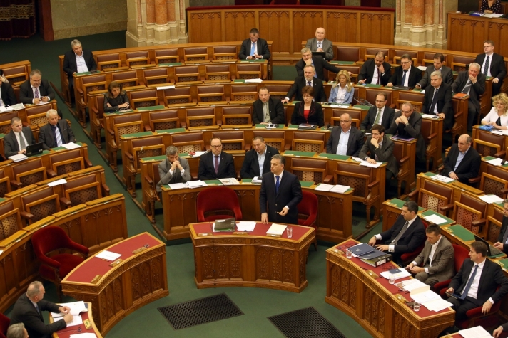 Orbán Viktor hétfőn, az azonnali kérdések órájában
