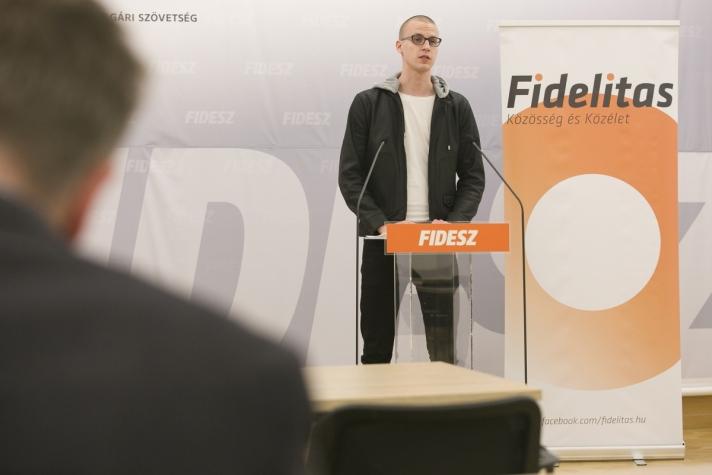 """Falusi Vajk :""""Mi az olcsóbb internetezés pártján állunk és támogatjuk a magyar kormány küzdelmét Brüsszelben is"""""""