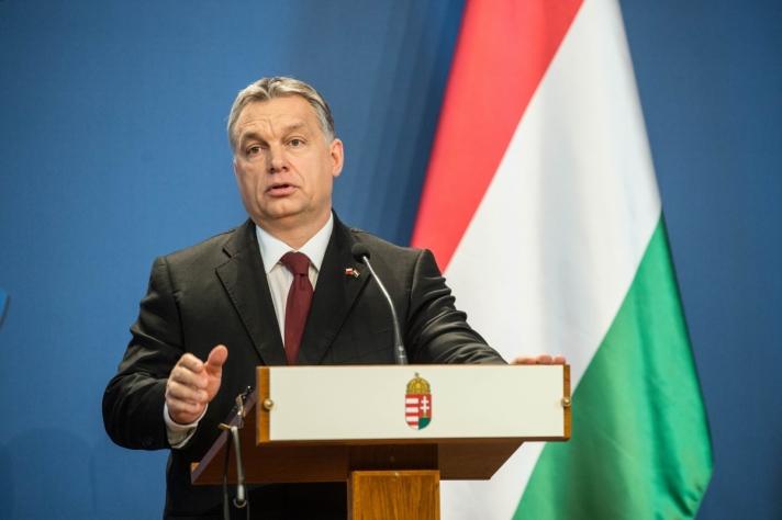 Orbán Viktor Létre kell hozni egy új védelmi vonalat a bolgár-görög, és a macedón-görög határnál