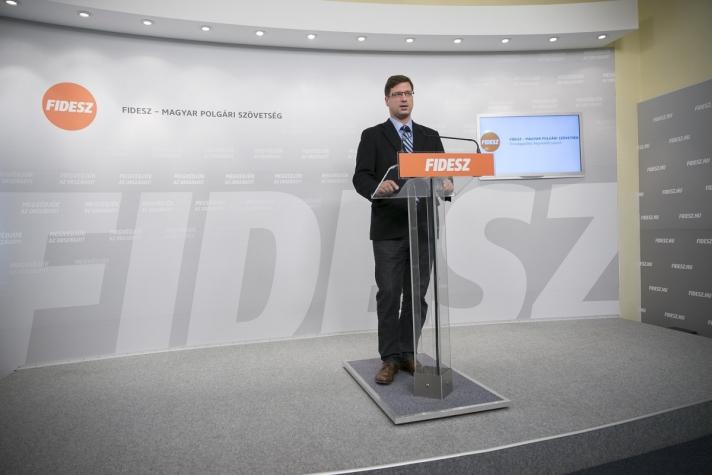 Az alkotmánymódosítás szükségességéről a magyar politikában konszenzus közeli helyzet jött létre.