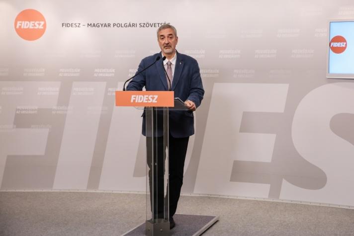 Halász János: Ma is Gyurcsány Ferenc DK-elnök az igazi vezér a baloldalon