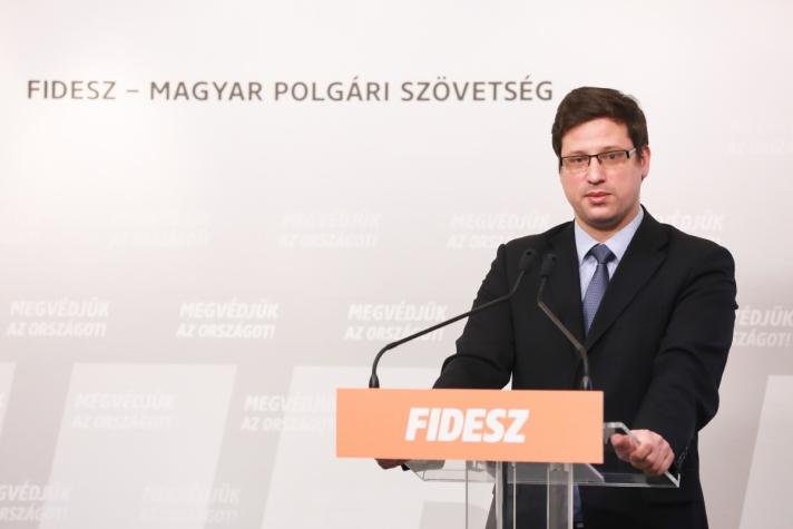 Gulyás Gergely pénteki sajtótájékoztatóján