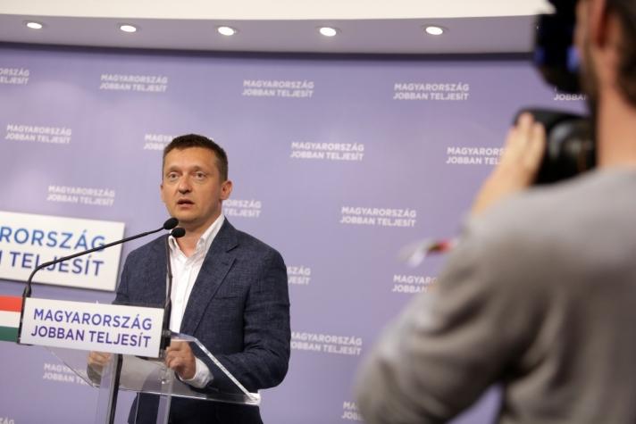 Rogán Antal: Javasoljuk, hogy szeptember 3-4-én az Országgyűlés tartson rendkívüli ülést