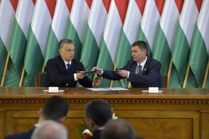 Orbán Viktor a szekszárdi Modern városok programról