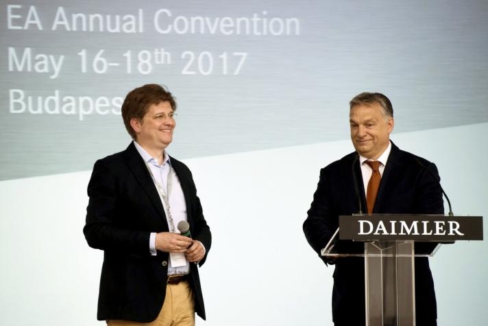 Orbán Viktor miniszterelnök a Daimler német autókonszern közgyűlésén csütörtökön, Budapesten.